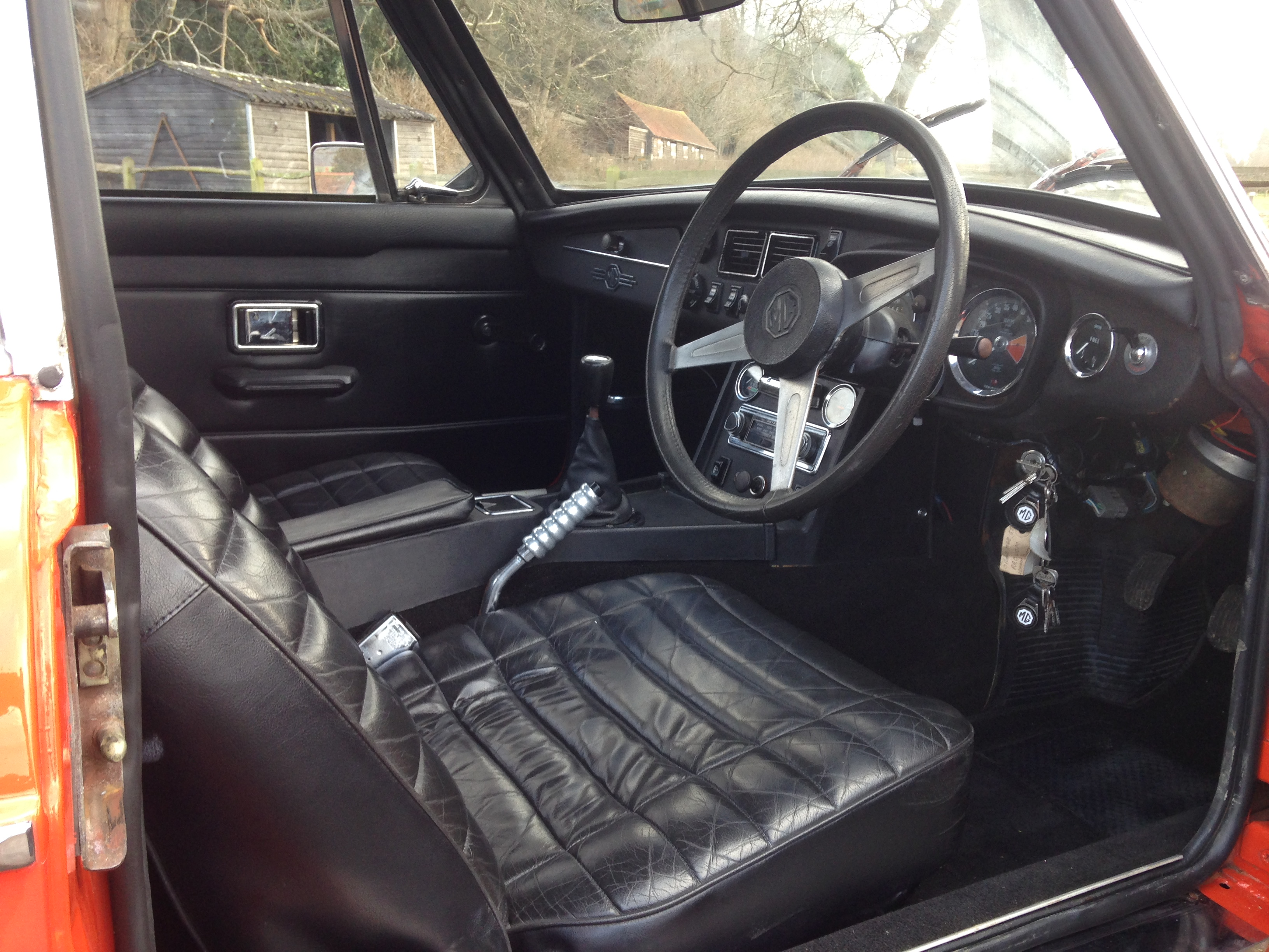 1973 MGB GT - Country Classic Cars