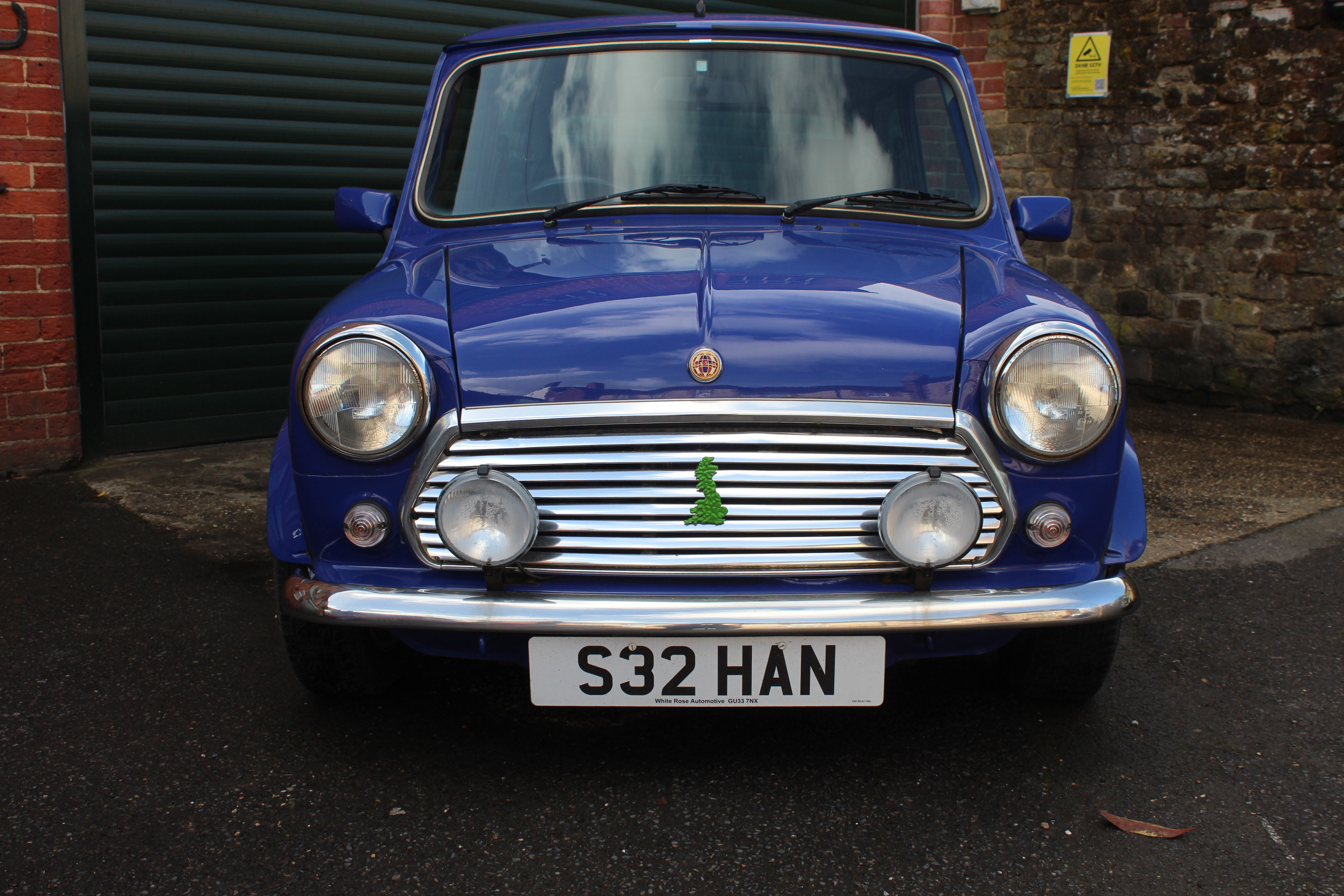 1998 Rover Mini Paul Smith £7799 Country Classic Cars